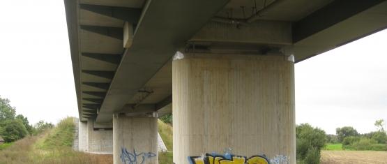 11-035 Stahlverbund-Brücke K 59 über DB Foto 4