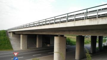 projekt image - Spannbetonbrücke im Zuge der BAB A 23, Itzehoe