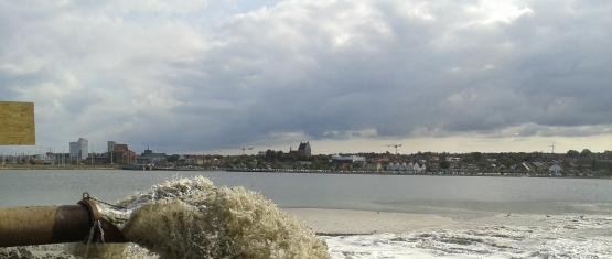 Kuesteningenieurwesen_Sandaufspülungen_Sandaufspülungen in Heiligenhafen_1_Sandaufspülung im Binnensee