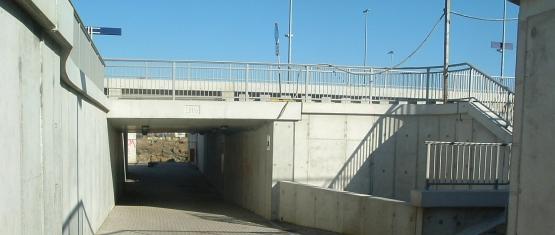 Tunneldurchsicht mit Treppenanlage